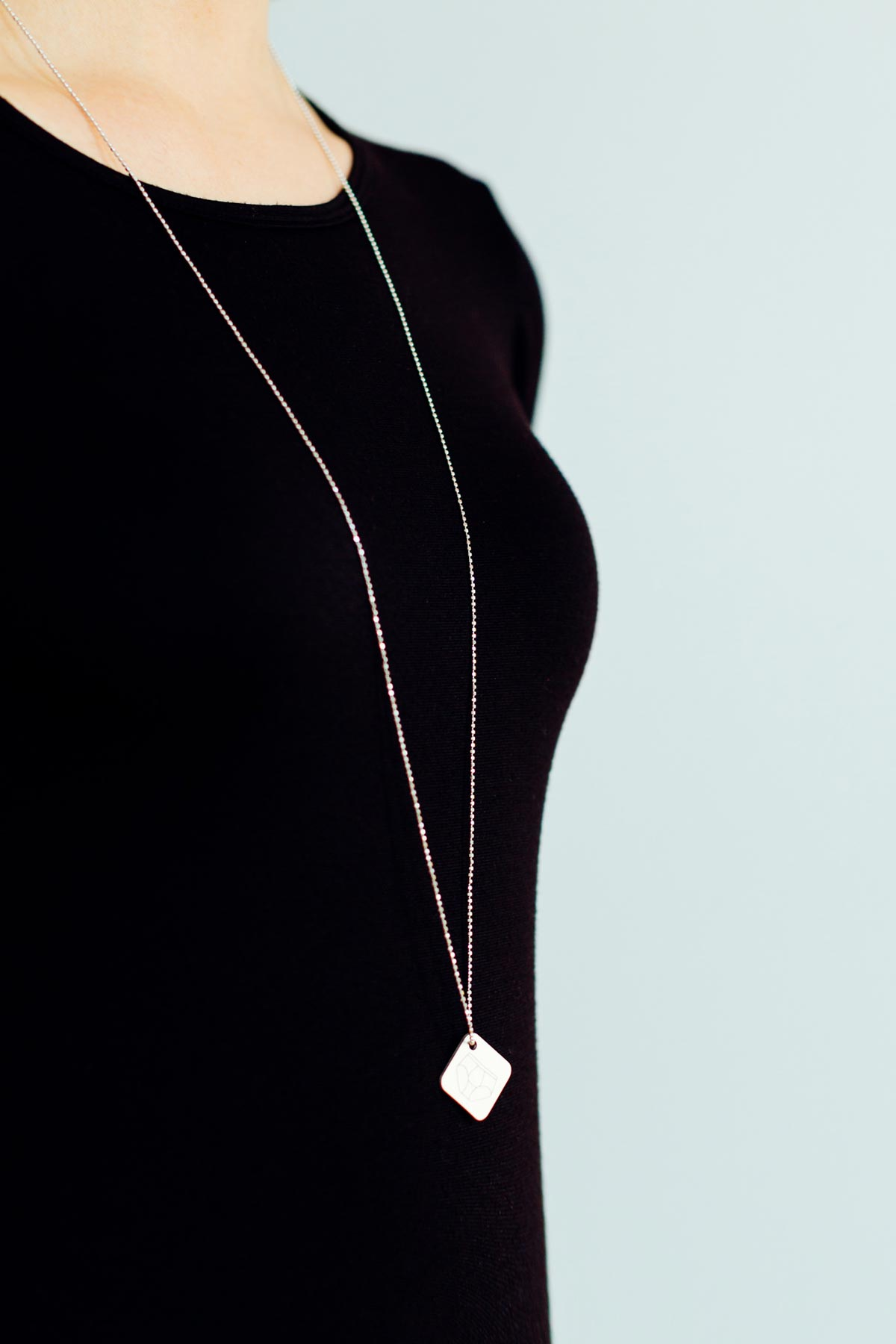 maria michael onnerboegs fashion menswear jewelry necklace plexiglas acrylglas portfolio work