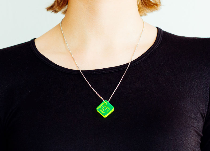 Onnerboegs acrylic necklace